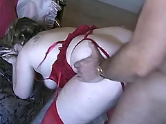 Paunchy mature woman fucks in hotel