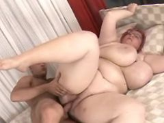 Guy fucks huge milf with giant tits